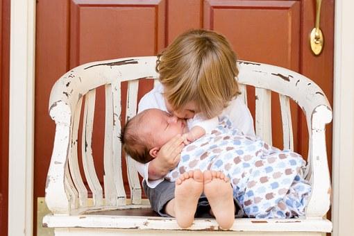 """Geschwister zwischen Nähe und Rivalität-""""Mama, du hast mich viel weniger lieb!"""""""