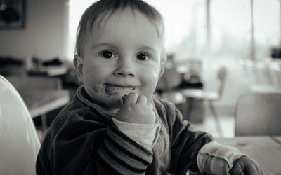 Ein Löffelchen für Mama… Warum #Brei füttern und die Einführung der #Beikost viele Eltern beschäftigt und wie Eltern damit im umgehen können.